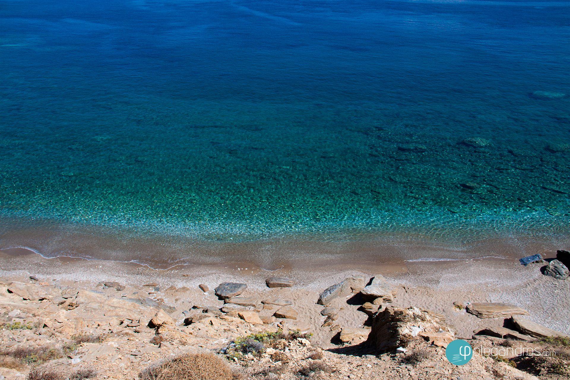 Παραλία Πουντάκι, Φολέγανδρος